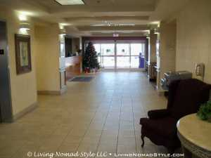 Country Inn and Suites Cookeville - Lobby