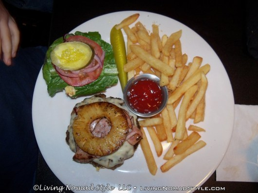 Honey Whytes Hawaiian Burger