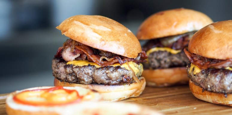 The Carnivore's Dilemma: Navigating Burgers in the Age of Meat Alternatives