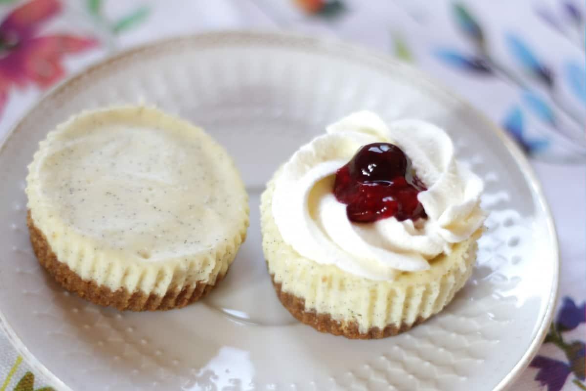 Vanilla Bean Cheesecake Cupcakes