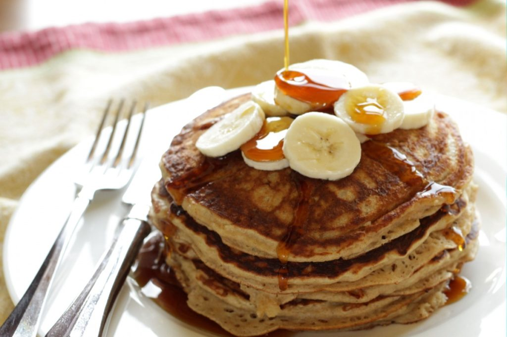 Banana Pancakes ~ Living on Cookies