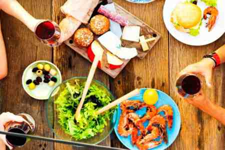 How to save money on a summer party