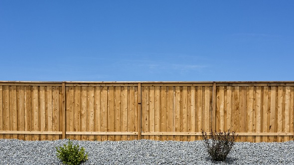 best way to build a fence