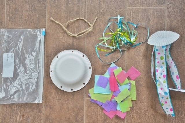 Jellyfish Craft Kit - what's in the kit