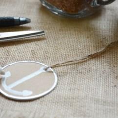 easy DIY anchor gift tag step 4 (640x427)