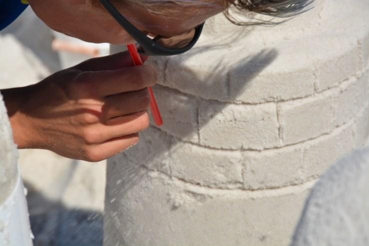 sand-castle-sculpting-4-800x533