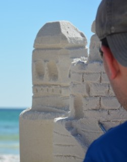 sand-castle-sculpting-7-800x533