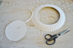 paper plate wreath trim inner edge