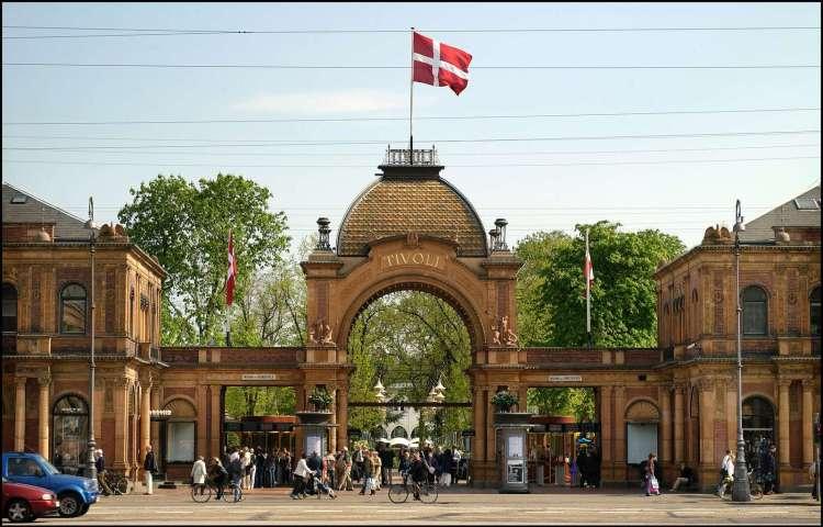 Living.Pretty.Happy in Copenhagen
