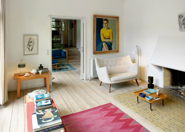 7 Unique Mid-Century Living Room Designs
