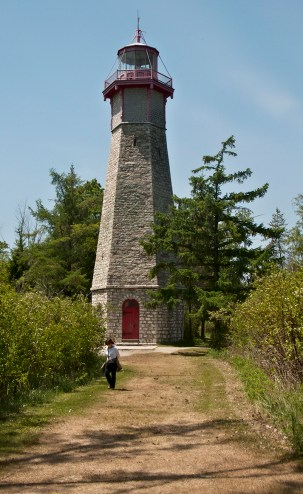 Miria and the lighthouse