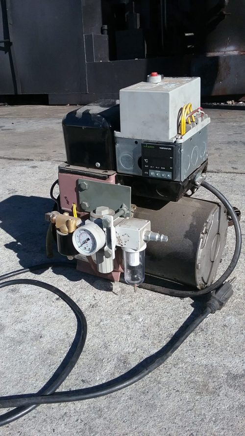 small resolution of a modified gun style burner developed for use with waste motor oils pyrolysis oil