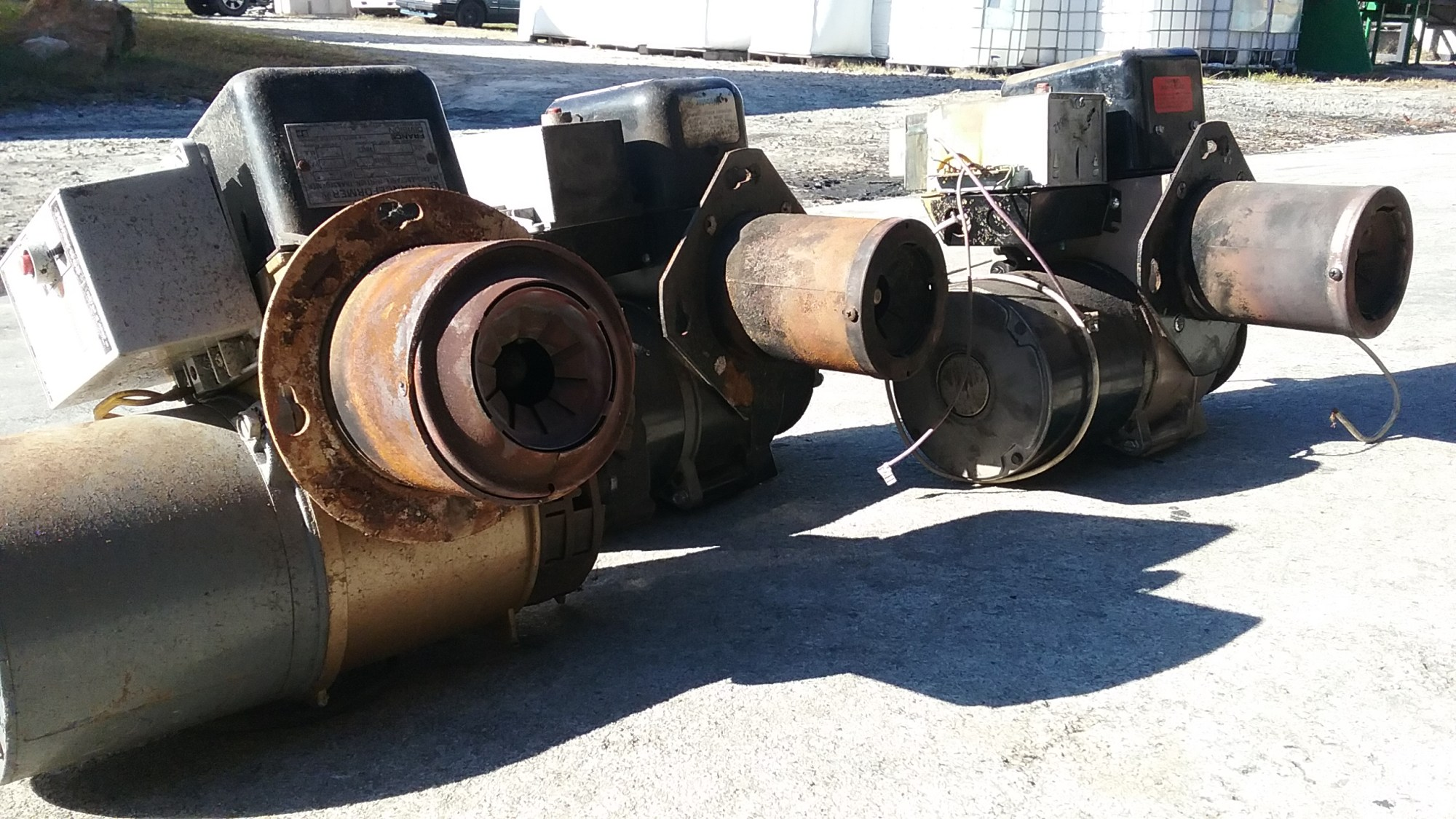 hight resolution of these gun style burners were pulled out of old furnaces instead of getting crushed at the the junkyard conventional oil burners can be modified to accept