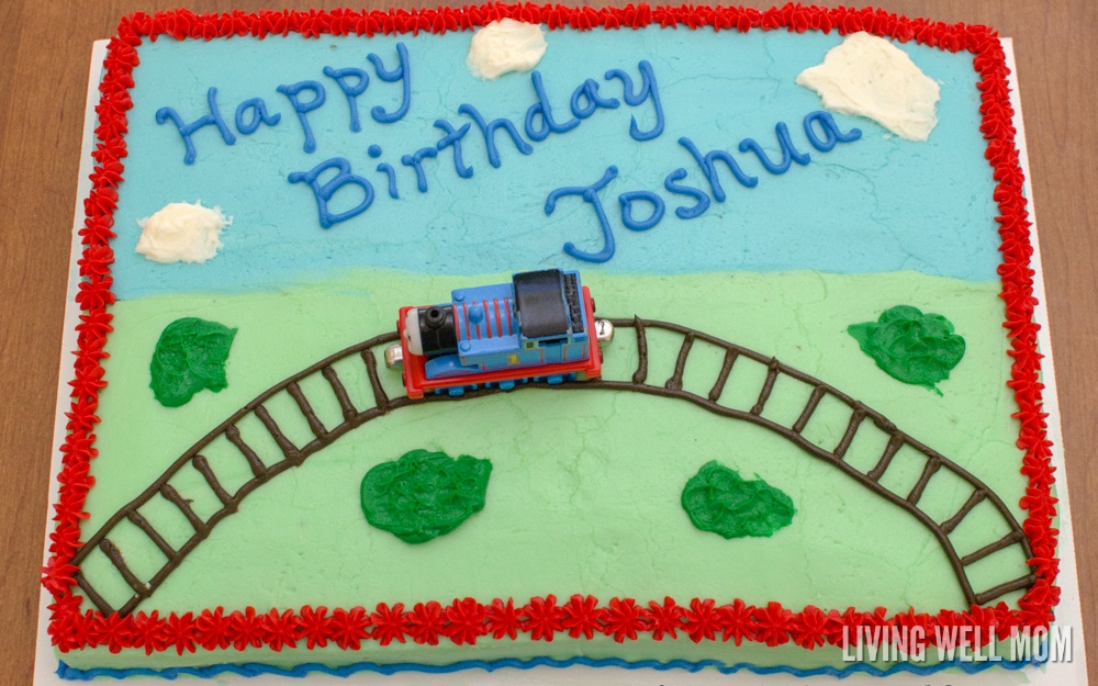 How To Make A Fun Yet Simple Thomas The Tank Engine Birthday Cake That Your Little