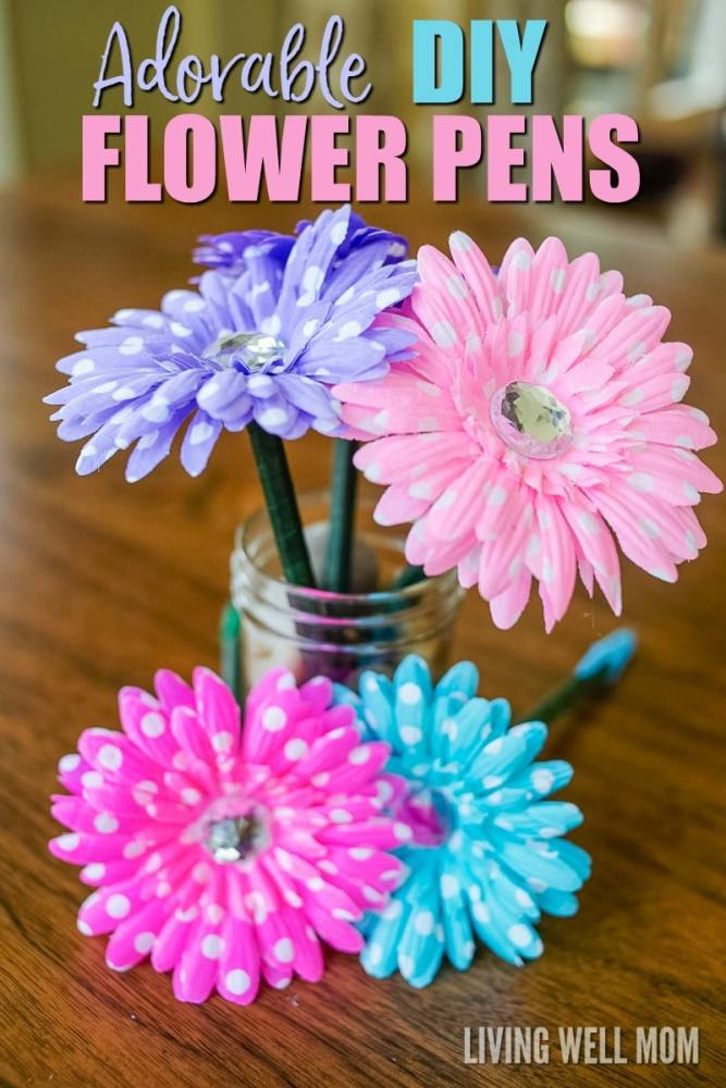 How To Make Flower Pens Simple Diy Gift Idea