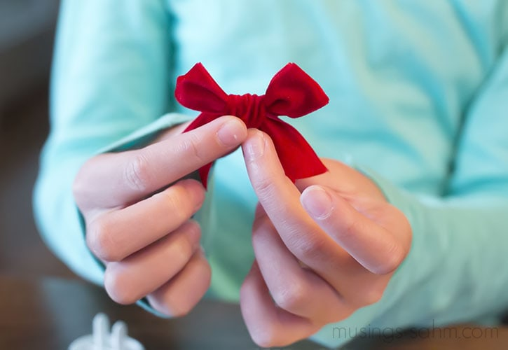 Tie a bow for clarice