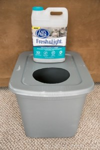 The Original DIY Mess Free Cat Litter Box - Living Well Mom