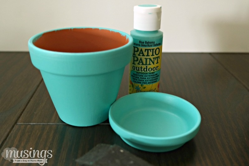 It's easy to make beautifully decorated Painted Flower Pots and such a great way to spruce up your home or garden!