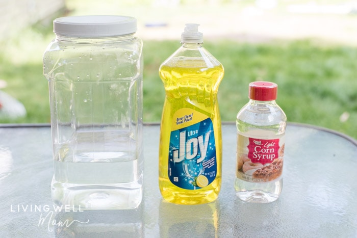 Easy Homemade Bubble Solution | How to Make the Best Bubbles