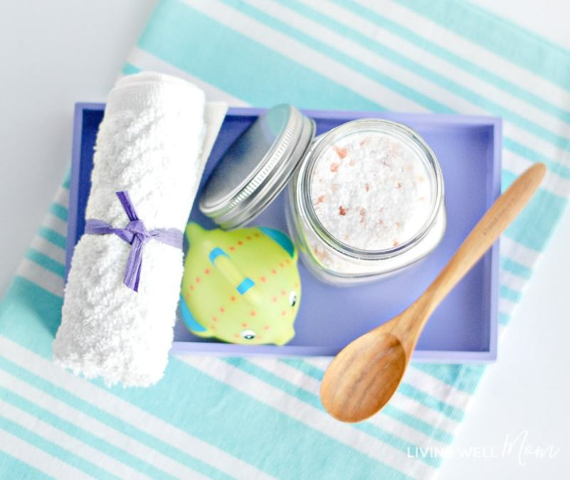 Kids' calming bath salts