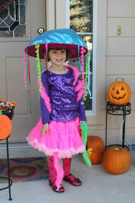DIY Jellyfish Halloween costume idea - sensory friendly for children with autism
