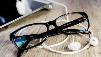 reading-glasses-on-table