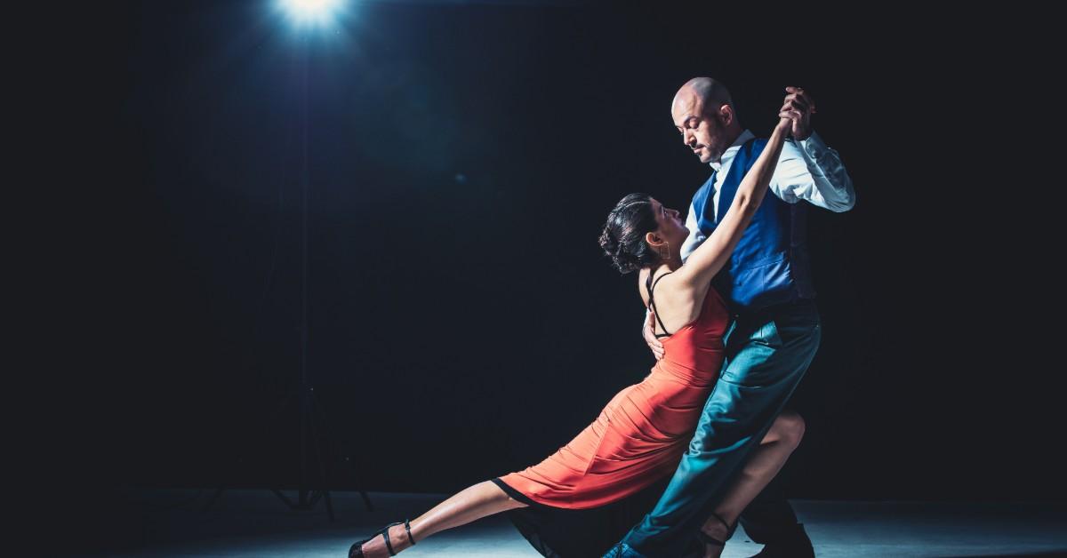 man-woman-tango