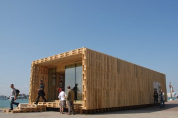 This Innovative System of 'Wooden Bricks' Requires No Nails