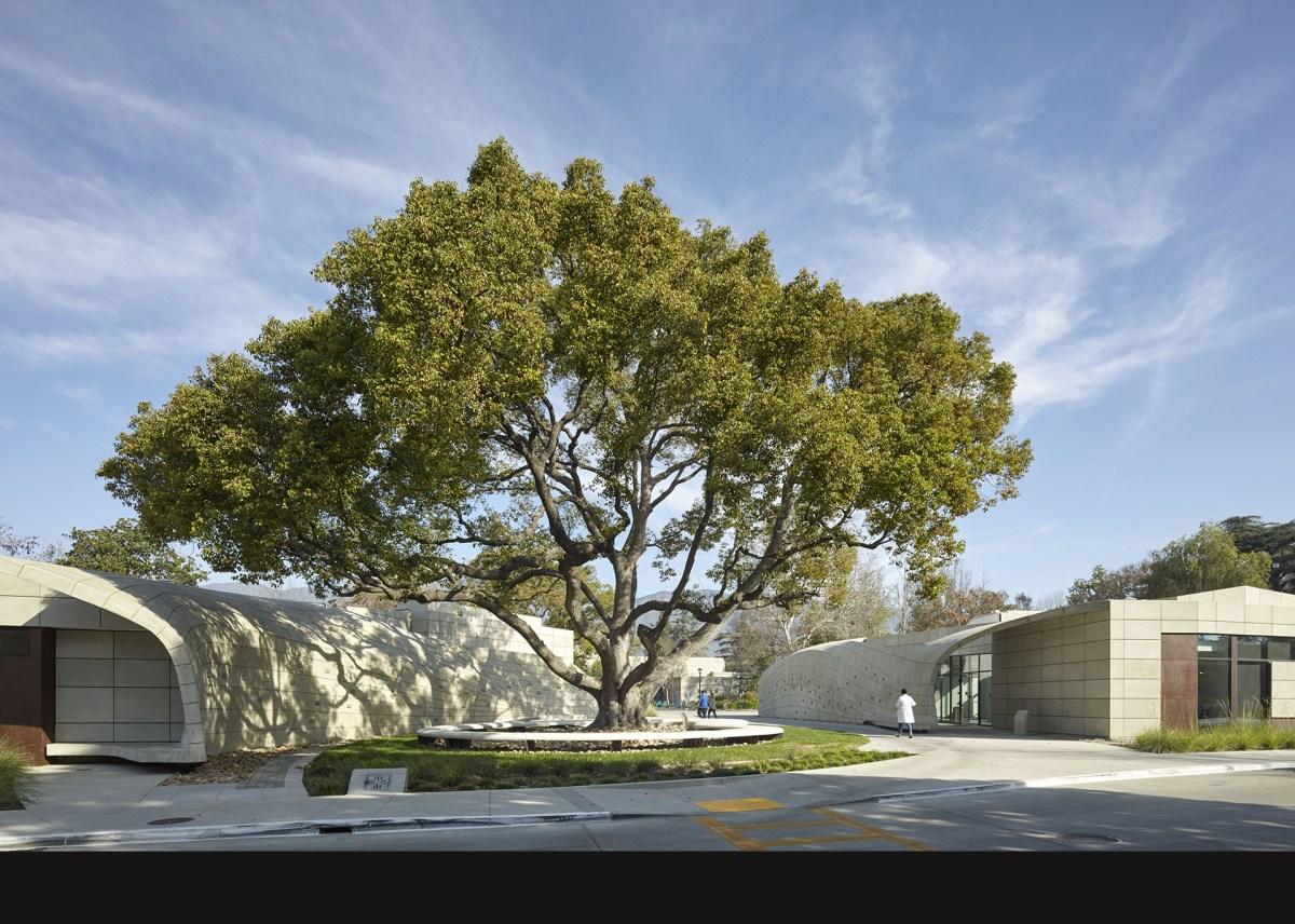 belzberg-architects-kaplan-pavillion-at-city-of-hope-101