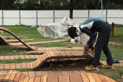 root bench_20_yong ju lee arch_construction