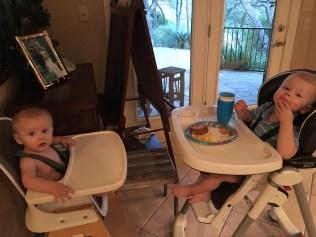 Best Bros eat together!