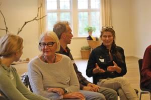 Jais i snak med Ellen Hvidt til workshop i Himmelsalen