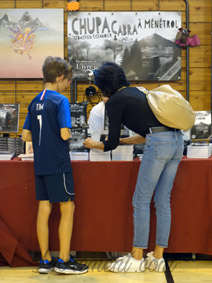Salon littéraire Ménétrol : Les Aventuriales - invit d'honneur Chupacabra