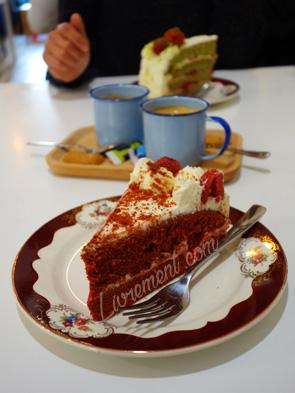 """Gâteau """"velvet"""" dans un salon de thé"""