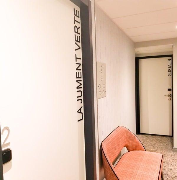 Chambre la jument verte - hotel littéraire Marcel Aymé Paris