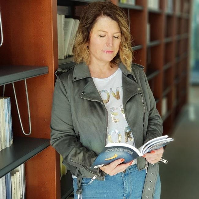 Emma PERIE - bLogueuse littéraire Livresalire (2)