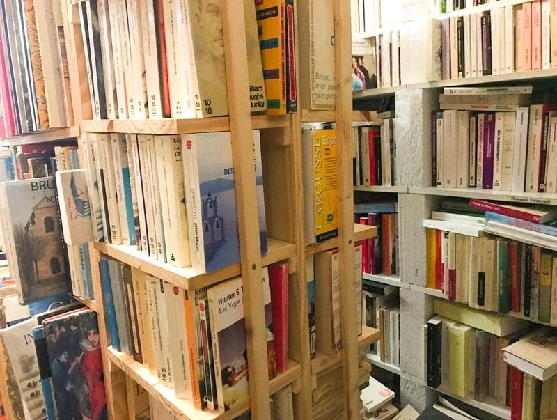 Bouquiniste livres pas chers Sète