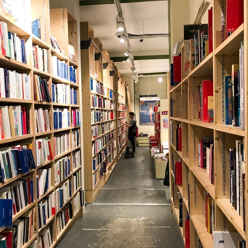librairie Book off livres à petits prix paris