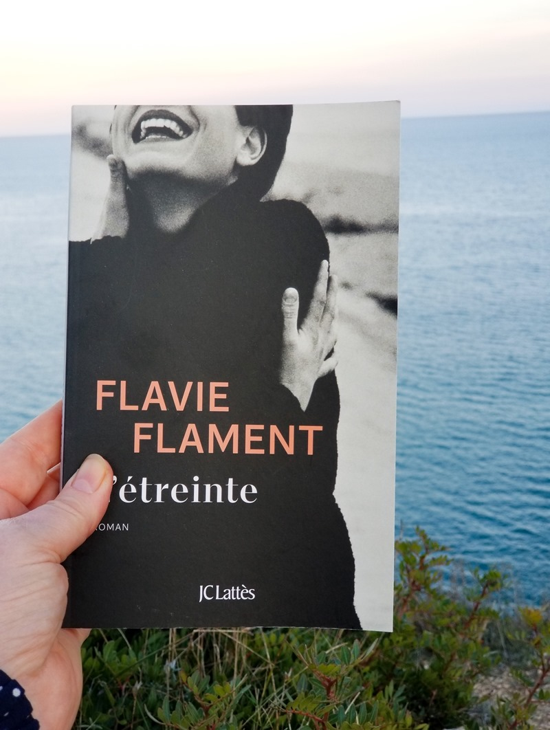 Flavie Flament - l'étreinte