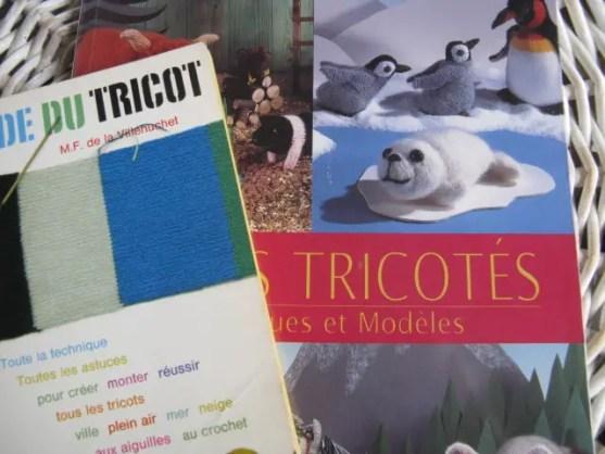 photo livres de modèles sur le tricot