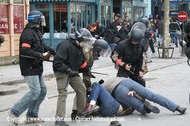 image.flics.civils.arretent