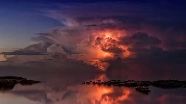Udbrændthed kan føles som lammelse eller tordenvejr