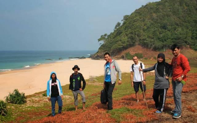 Pantai Lange Aceh Besar