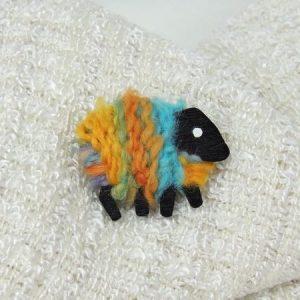 lizzyC|sheep|brooch|aurora|multi
