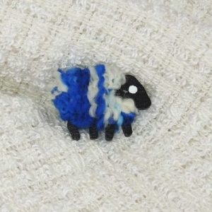 blue_white|sheep|brooch|monaghan