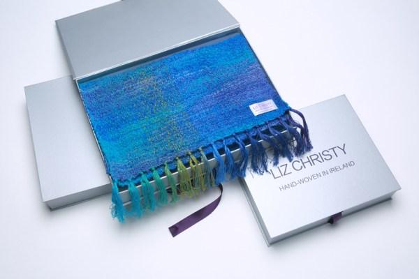 boxed-irish-scarf-argenteuil-neptune-blue