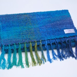 folded-irish-wool-scarf-argenteuil-neptune
