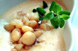Toskanische Bohnensuppe mit Thymian © Liz Collet
