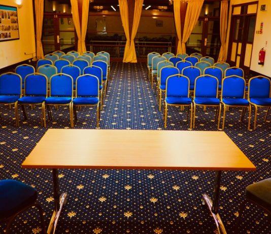 Talk Room: LizianEvents Ltd