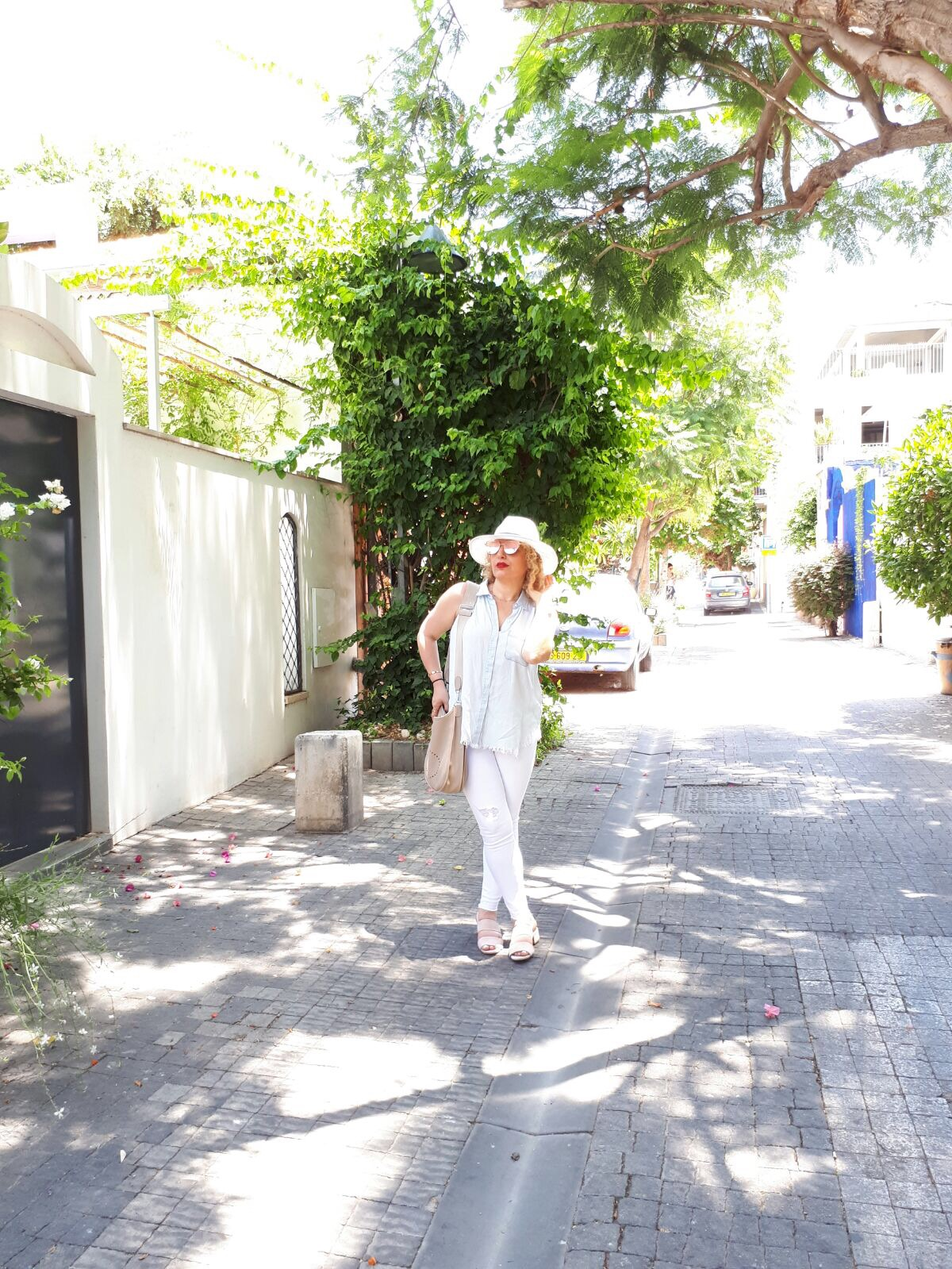 Travel Style In Tel Aviv by LA Blogger